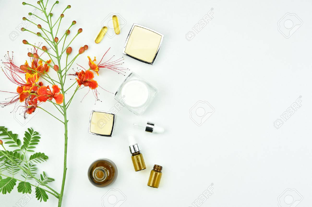 78354418-natural-background-with-copy-space-for-beauty-product-organic-beauty-cosmetics-product-concept